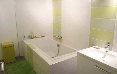 Comment rénover sa salle de bains sans casser le carrelage ?